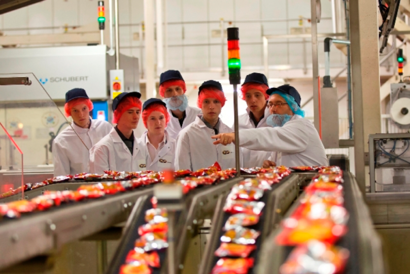 KP Snacks helps teach school pupils about food industry careers